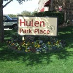Hulen Park Place Townhomes Apartment Sign