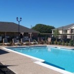 North Greenbriar Apartments Pool Area