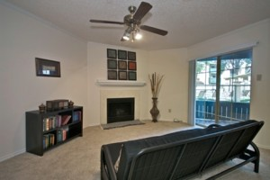 Villas of Oak Hill Apartment Living Room