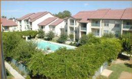 Villas of Oak Hill Apartment Pool